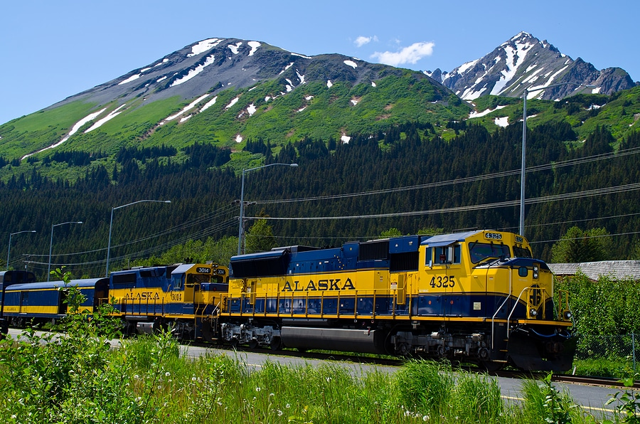 Enjoy the Train from Anchorage to Seward This Fall